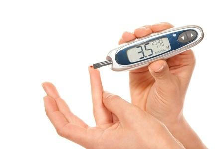 减少监测血糖疼痛的8个方法