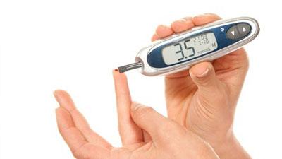 血糖仪测血糖使用