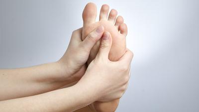 如果糖尿病患者发现自己脚肿了,那么怎么办