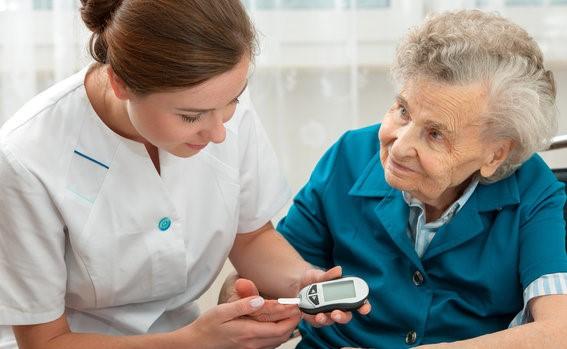 """糖尿病患者在家自测血糖""""三""""要点""""一""""要素"""