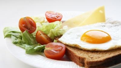 低碳饮食既能控糖,又能减肥