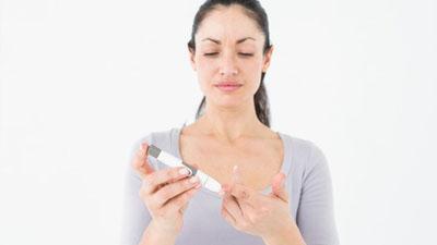 测血糖手指应该如何消毒