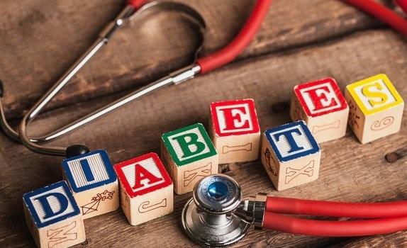 糖尿病人别只盯住血糖!血脂血压血黏不能忘!